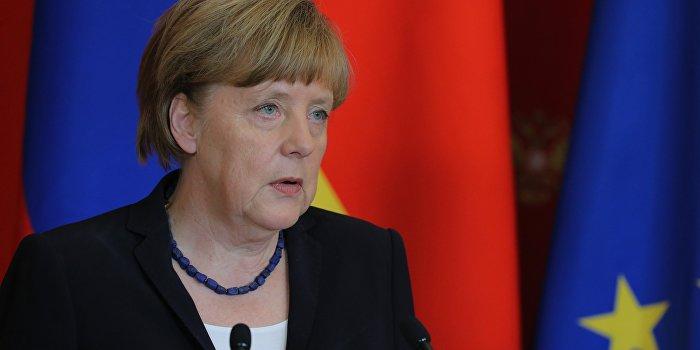 СМИ: Меркель хочет ужесточить санкции против России