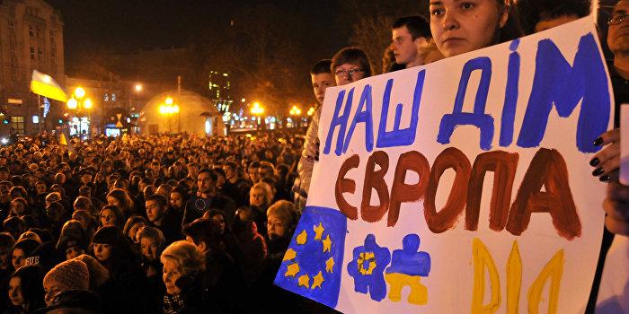 ЕС отложил отмену виз для украинцев