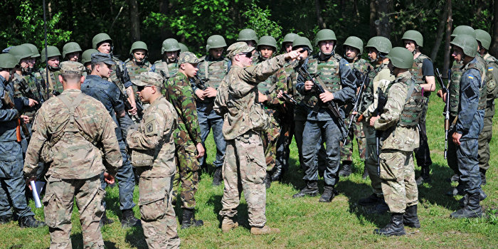 Посол США сообщил о нарушении Киевом Минских соглашений