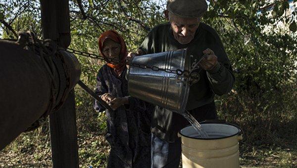 Порошенко и Яценюк хотят добить беженцев с Донбасса на Украине