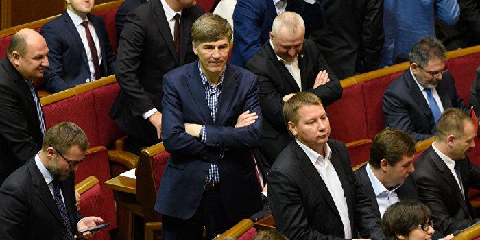 Депутаты Верховной Рады предлагают разорвать дипломатические отношения с Россией