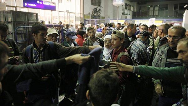 Арабские нелегалы довели Европу до военной истерии