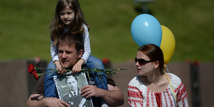 Украинцы стали лучше относиться к России