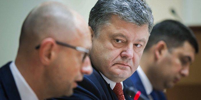 СМИ: Порошенко мечтает сбросить Яценюка