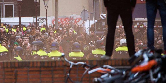 Референдум в Нидерландах: министр торговли - за ассоциацию Украины с ЕС, народ - против