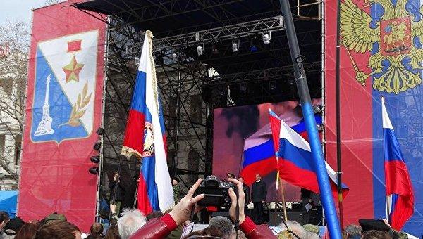 Севастополь отметил годовщину Русской весны парадом кубанцев и самообороны