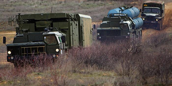 СМИ: Киев направил к Крыму С-300