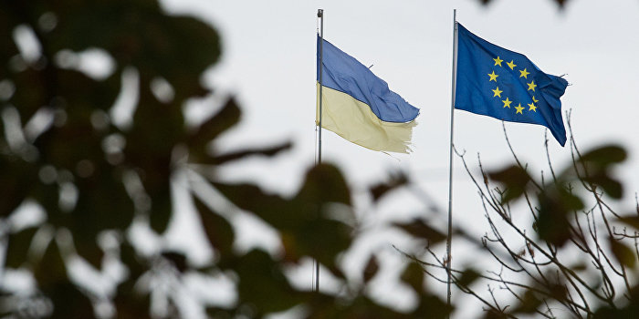 ЕС признал бесполезность ЗСТ с Украиной