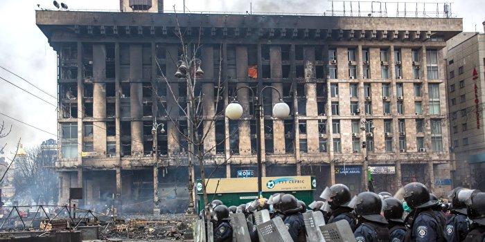 На месте гибели майдановцев открыли кафе «Каратель»