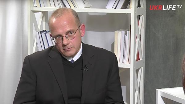 Политолог: Офшорный скандал скажется на результатах референдума в Нидерландах