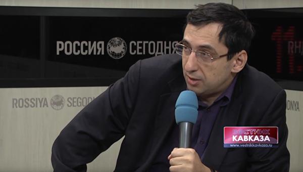 Арешев: Анкара и Баку играют в достаточно рискованную игру