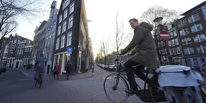 Референдум об ассоциации с Украиной стартовал: голландские евроскептики надеются на успех