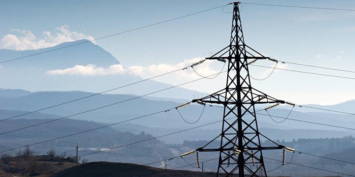 Путин объявил о запуске третьей цепи энергомоста в Крым
