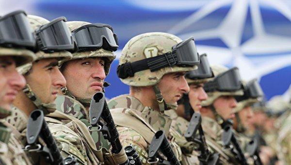 AC: Продвижение НАТО на территорию бывшего СССР бессмысленно и опасно