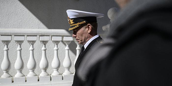 Порошенко уволил командующего ВМС Гайдука