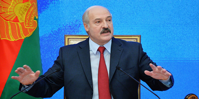 Лукашенко пообещал привлечь воюющих на Украине белорусов к ответственности