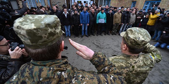 В небоевых ситуациях погибло более тысячи украинских солдат