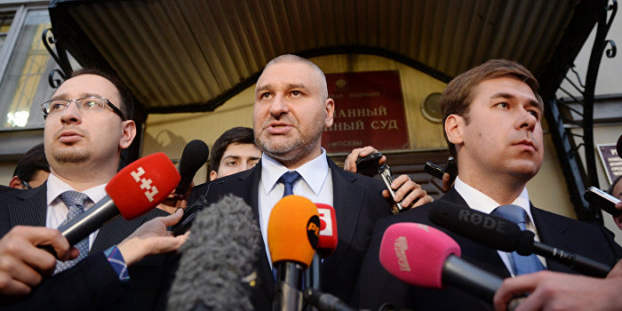 Адвокаты Савченко: Один из нас «самозванец» и навязывает Украине законы