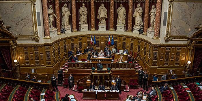 Франция готова отменить антироссийские санкции