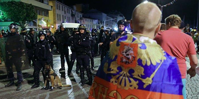 Евро-2016: Франция депортирует российских болельщиков