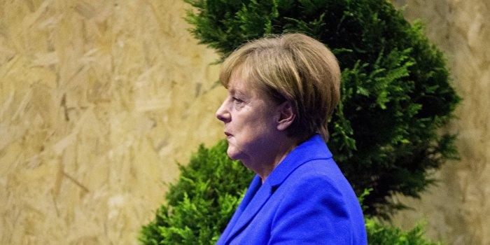 Меркель: ЕС не в состоянии защитить себя