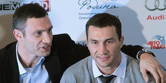 Фьюри назвал Кличко «тупым украинским придурком»