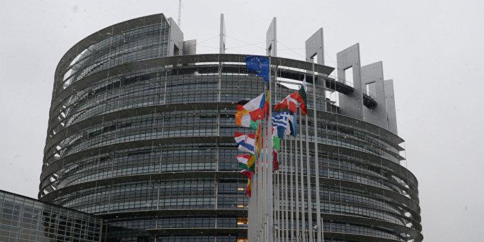 Европарламент призвал незамедлительно оформить выход Великкобритании из ЕС