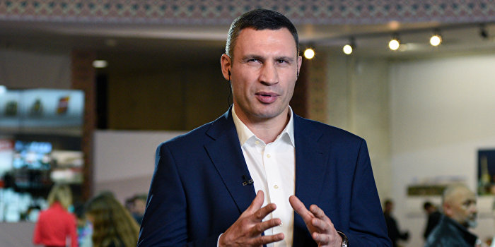Кличко предупредил киевлян о возможном срыве отопительного сезона