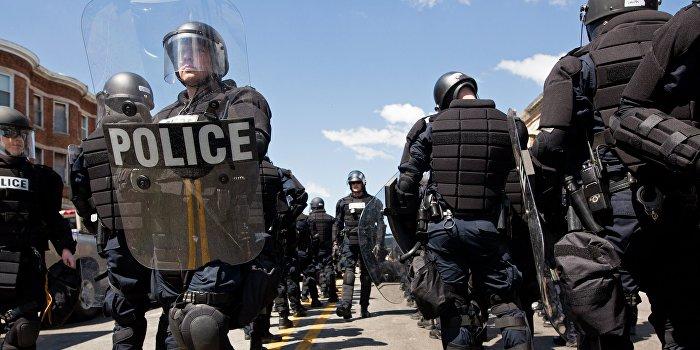 Классовая дискриминация под видом расовой: почему в США убивают полицейских