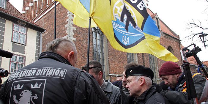 На инкассаторов под Запорожьем напали боевики «Азова»