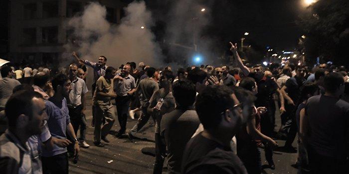 Сергей Михеев: Америка пытается влиять на Армению