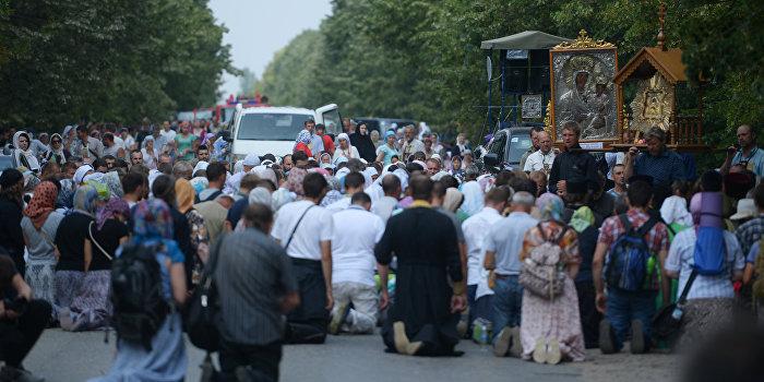 Крестный ход в Киеве (онлайн)