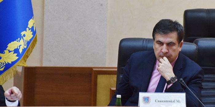 Саакашвили поздравили с годовщиной работы патрульной полиции угоном его внедорожника