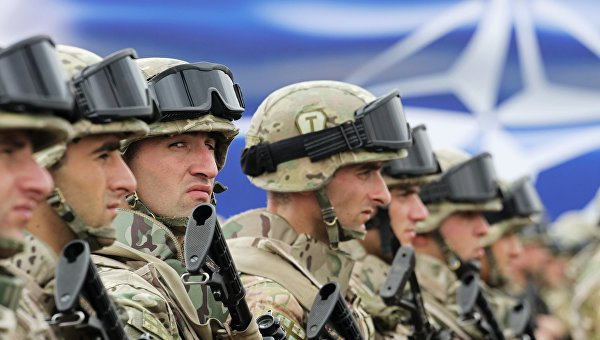 Любить и ненавидеть русских: Как Грузия прошла через паранойю и отрезвление