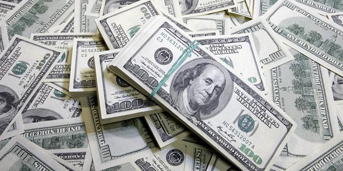 У подозреваемого во взяточничестве судьи нашли более $54 тыс.