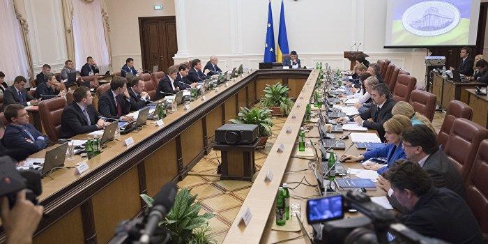 На Украине заработала официальная блокада Донбасса