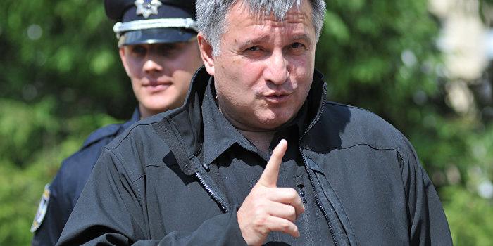Из грязи в князи: глава МВД Аваков сделал уголовника депутатом Рады