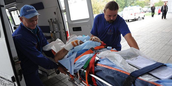 Избитый и ограбленный в Житомире раввин доставлен в израильскую клинику