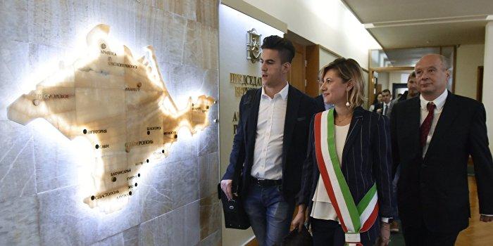 Итальянская делегация заложила коллекцию вина на хранение в «Массандре»