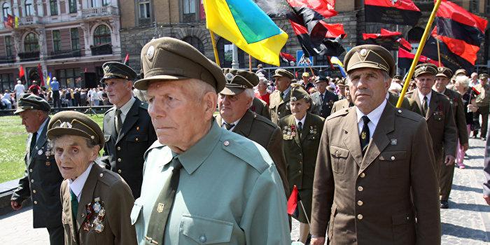 New York Times: Преступники из ОУН стали «национальными героями» с согласия Киева