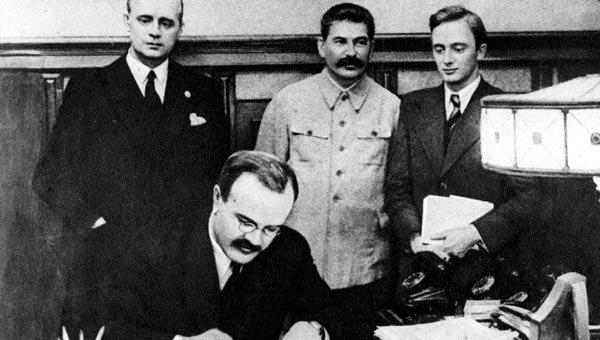 Пересмотр итогов Второй мировой: как Рада демонтирует Украину