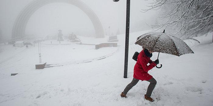 В Киеве выпал первый снег: зима готовит много сюрпризов для Украины
