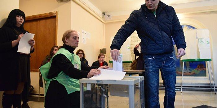 Саакашвили потерпел сокрушительное поражение во втором туре парламентских выборов в Грузии