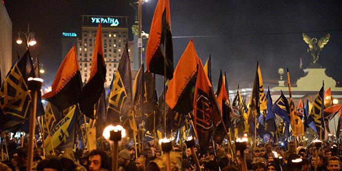 В Польше предложили приравнять украинский национализм к нацизму и коммунизму