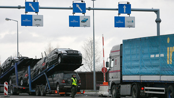 Кривое зеркало Евромайдана: Налоговики сделали европейские товары еще более недоступными для украинцев