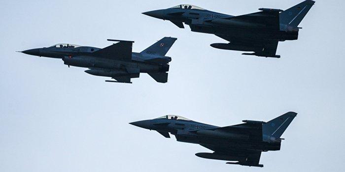 В результате ошибочного удара ВВС США в Мосуле погибли 90 человек