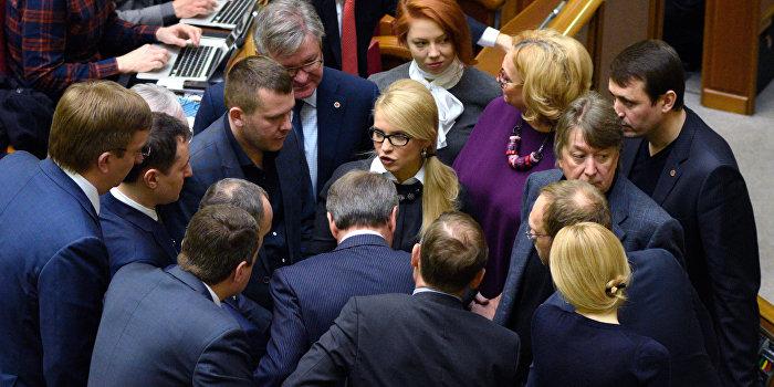 В «Батькивщине» объяснили, почему Савченко стала неугодна для Порошенко