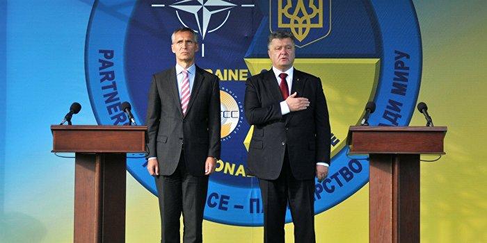 Ежедневное исполнение гимна Украины на ТВ признали неестественным