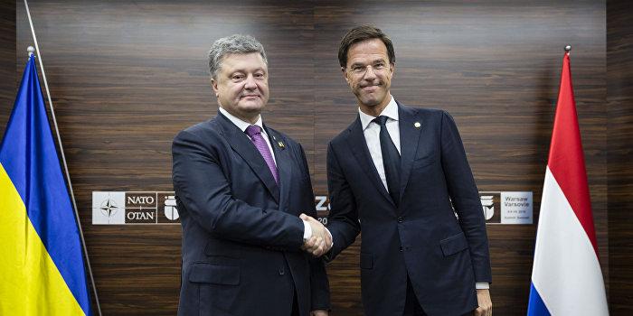 Самоуверенные заявления украинских политиков укрепили позиции противников ассоциации в Европе