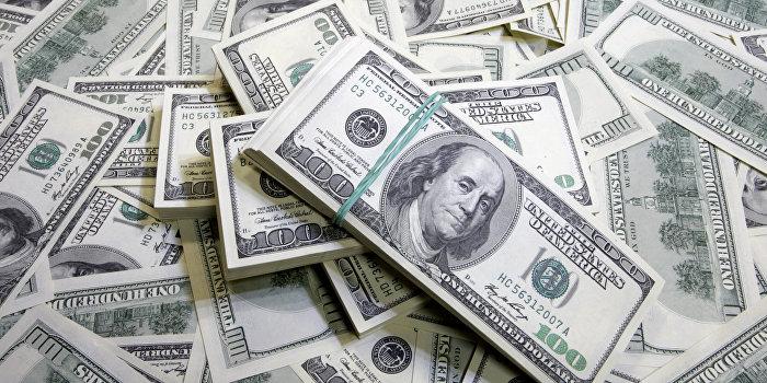 Экс-генпрокурор: Из Украины выводится $100 млрд в год